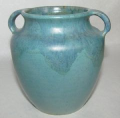 Photo for UPCHURCH 2 HANDLED VASE