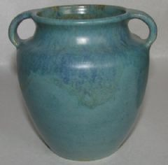 Photo 2 for UPCHURCH 2 HANDLED VASE